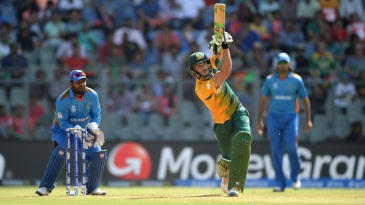 Faf du Plessis launches one down the ground