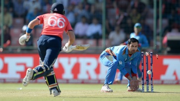 Mohammad Nabi ran Joe Root out for 12