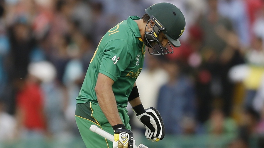 Shahid Afridi walks back after being dismissed, Australia v Pakistan, World T20 2016, Group 2, Mohali, March 25, 2016