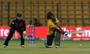 Chloe Tryon sweeps the ball, New Zealand v South Africa, Women's World T20 2016, Group A, Bangalore, March 26, 2016