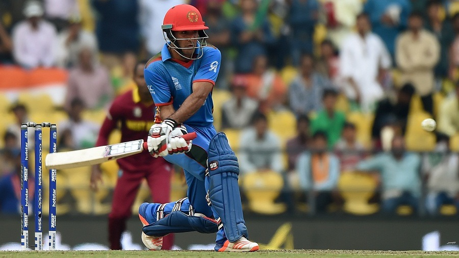 Najibullah Zadran shapes up to play a reverse sweep