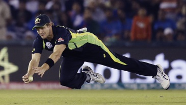 Shane Watson took a stunning catch to dismiss Yuvraj Singh