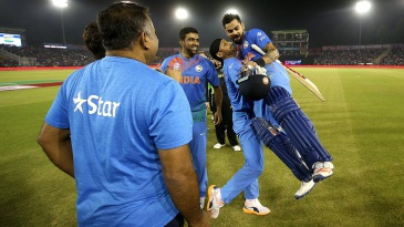 Harbhajan Singh lifts Virat Kohli after India's win