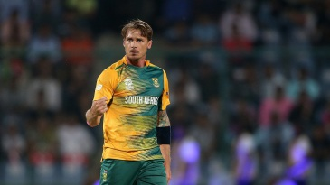 Dale Steyn picked up the wicket of Thisara Perera