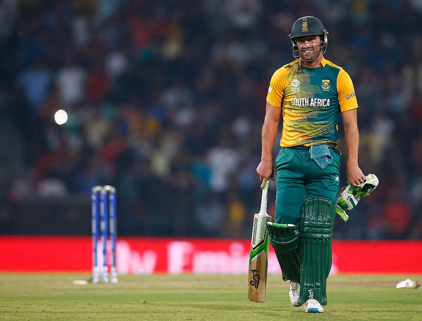 AB de Villiers walks back   Photo   World T20   ESPNcricinfo.com