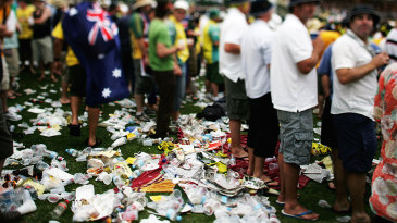 The rubbish piles up at The Hill at the Adelaide Oval