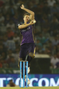 Morne Morkel enters his bowling action, Kings XI Punjab v Kolkata Knight Riders, IPL 2016, Mohali, April 19, 2016