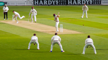 Mark Footitt bowls to Chris Rogers