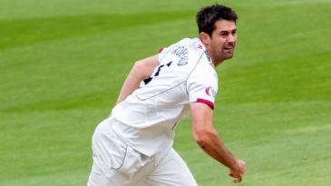 Tim Groenewald bowls for Somerset