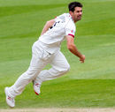 Tim Groenewald bowls for Somerset, Surrey v Somerset, Specsavers Championship Division One, Kia Oval, April 26, 2016