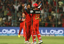 Stuart Binny and KL Rahul celebrate the wicket of Robin Uthappa, Royal Challengers Bangalore v Kolkata Knight Riders, IPL 2016, Bangalore, May 2, 2016