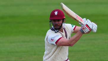 James Hildreth's hundred led Somerset's recovery