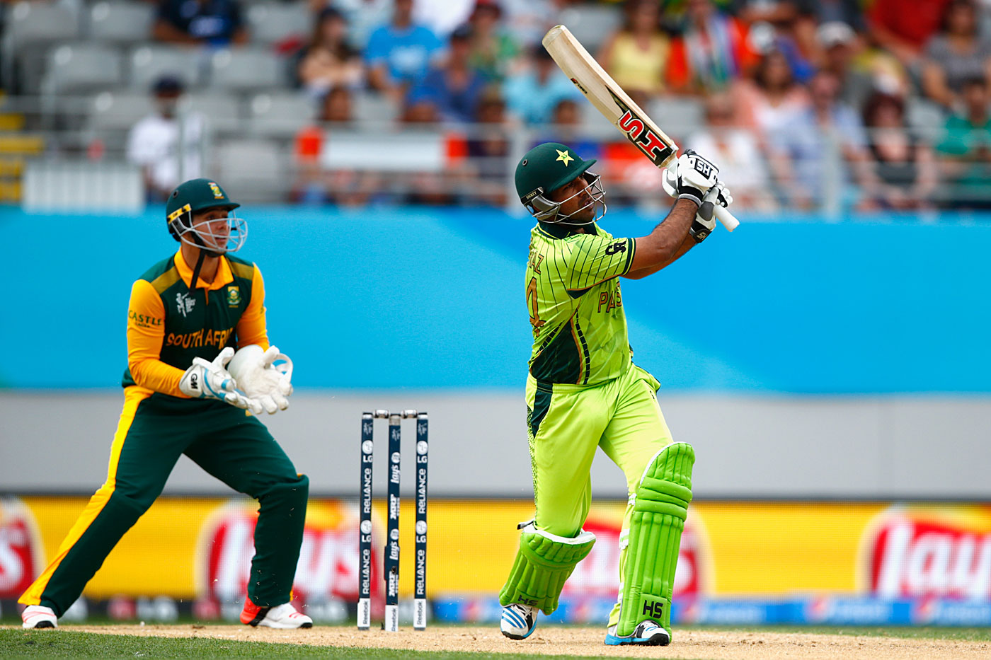 In the modern era, Sarfraz Ahmed's batting has most closely epitomised the Karachi way, as during his 49 against South Africa in Auckland in 2015