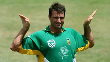 Justin Kemp gestures during training