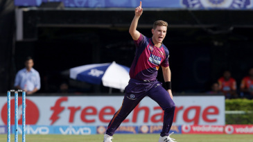 Adam Zampa dismissed Wriddhiman Saha in his first over