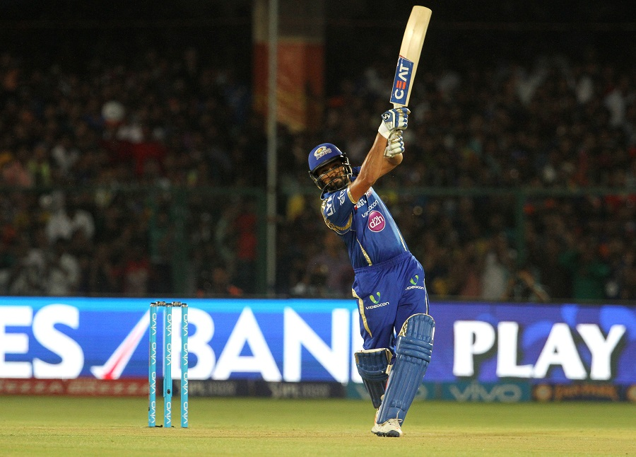 Rohit Sharma scored 30 off 17 balls to give Mumbai Indians a rapid start after they were asked to bat