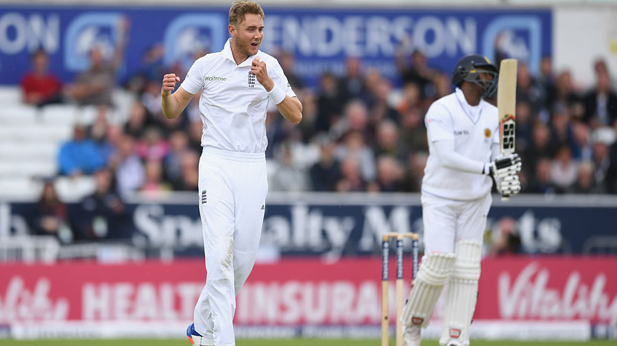 Stuart Broad claimed the key scalp of Angelo Mathews