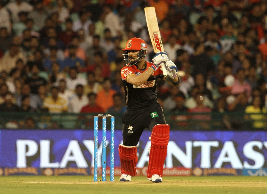 Virat Kohli made a watchful start on a tough pitch and held his end up