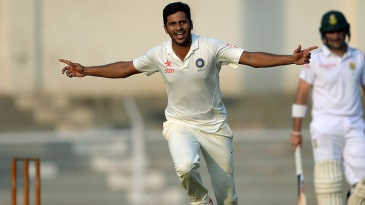 Shardul Thakur celebrates a wicket