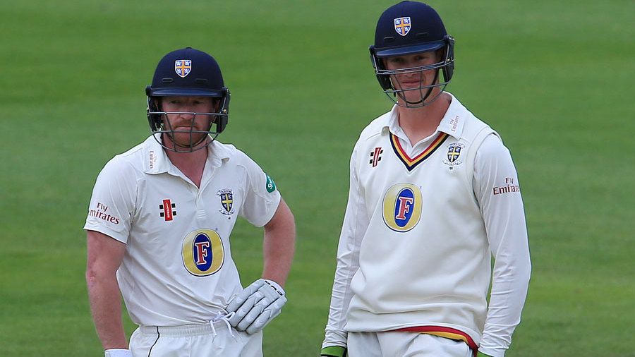 Paul Collingwood and Keaten Jennings put on a steady stand