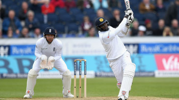 Angelo Mathews took the attack to Moeen Ali
