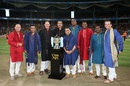 The commentary team for the final poses with the IPL trophy, Royal Challengers Bangalore v Sunrisers Hyderabad, IPL 2016, final, Bangalore, May 29, 2016
