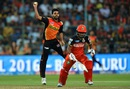 Bhuvneshwar Kumar throws the ball as Sachin Baby tries to complete a run, Royal Challengers Bangalore v Sunrisers Hyderabad, IPL 2016, final, Bangalore, May 29, 2016