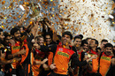 Sunrisers Hyderabad celebrate their maiden IPL title, Royal Challengers Bangalore v Sunrisers Hyderabad, IPL 2016, final, Bangalore, May 29, 2016