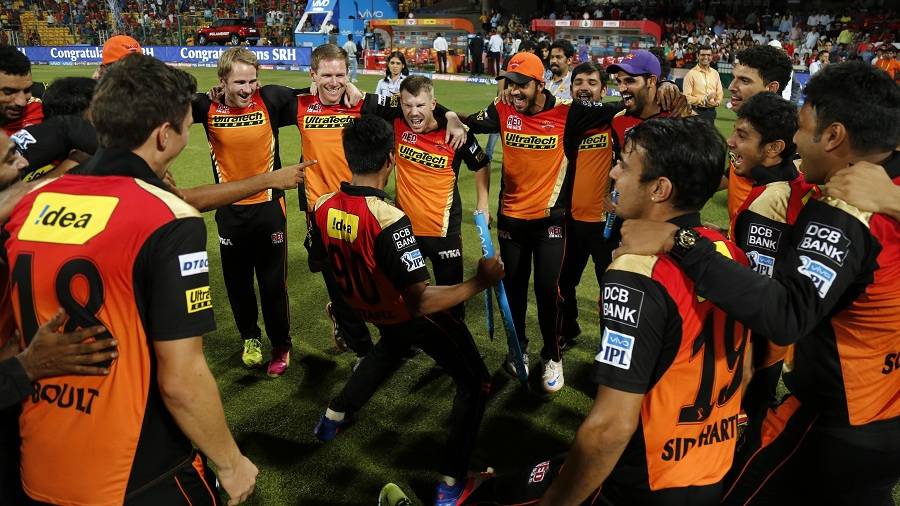 Mustafizur Rahman shows off his dance moves as his team-mates cheer him on
