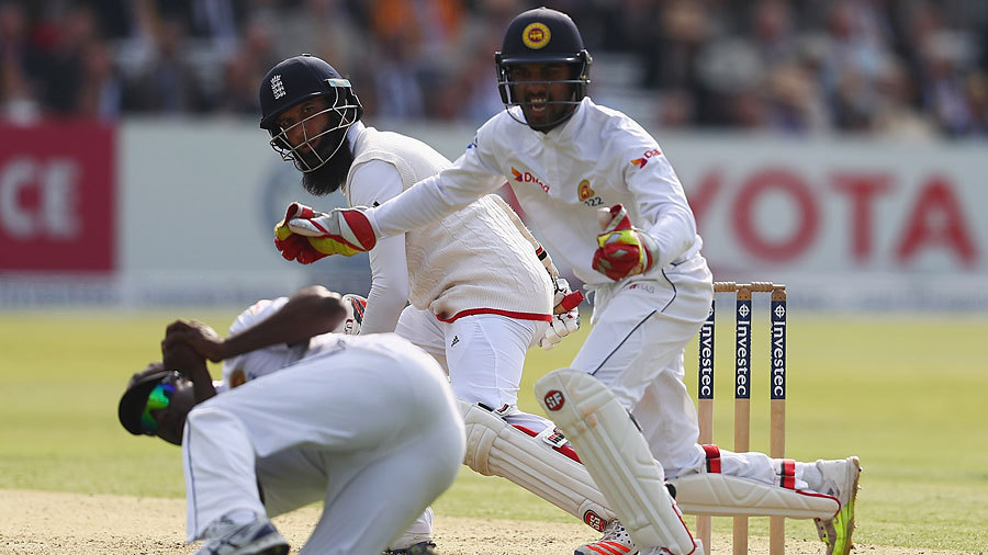 Angelo Mathews takes the catch to remove Moeen Ali