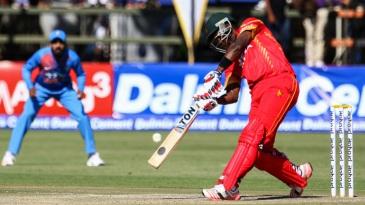 Elton Chigumbura slammed an unbeaten 54