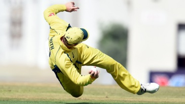 Steven Smith took a brilliant one-handed catch at slip