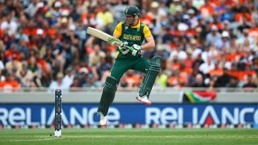 AB de Villiers jumps