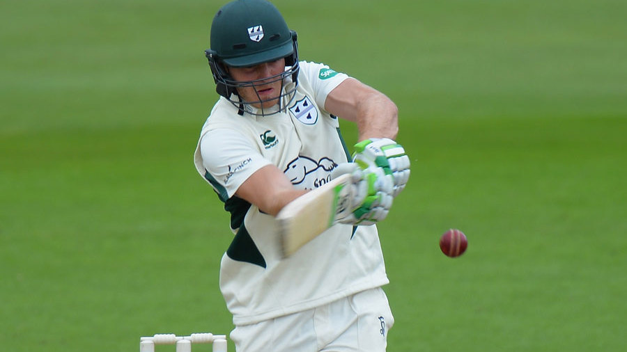 Ben Cox top-scored for Worcestershire