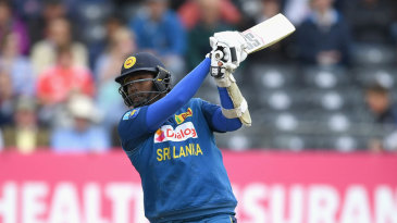Angelo Mathews drives through the covers
