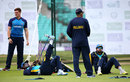 Angelo Mathews stretches his troublesome hamstring, Kia Oval, June 28, 2016