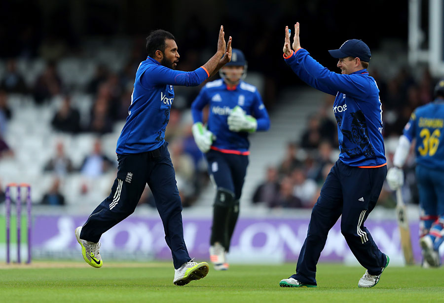 England outclass Sri Lanka to win final ODI
