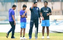 Anil Kumble has a chat with Jayant Yadav as Sanjay Bangar and Shahbaz Nadeem look on, Bangalore, June 30, 2016