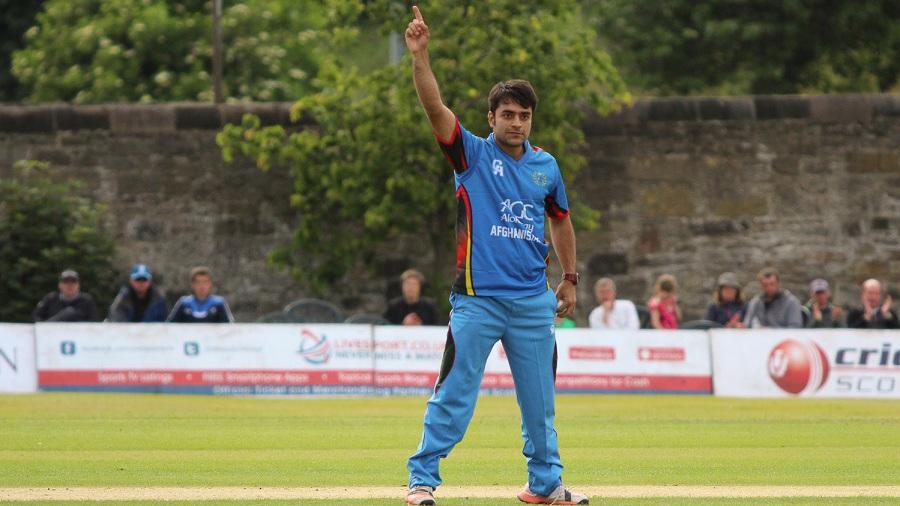 Rashid Khan had Craig Wallace caught and bowled