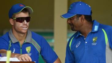 David Warner has a chat with Muttiah Muralitharan