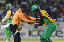 Umpire Leslie Reifer collides with Anthony Bramble, Jamaica Tallawahs v Guyana Amazon Warriors, CPL 2016, Kingston, July 15, 2016