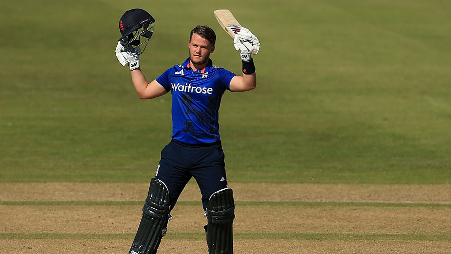 Ben Duckett reached his hundred off 65 balls