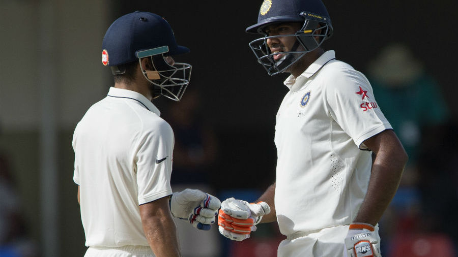 Virat Kohli and R Ashwin in a mid-pitch conversation