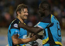 Darren Sammy congratulates Shane Watson, St Lucia Zouks v Guyana Amazon Warriors, CPL, St Lucia, July 24, 2016