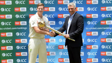 ICC CEO David Richardson presents Steven Smith with the Test mace