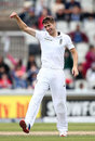 Chris Woakes celebrates the dismissal of Sarfraz Ahmed, England v Pakistan, 2nd Investec Test, Old Trafford, 4th day, July 25, 2016