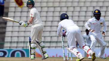 Dinesh Chandimal stumped Steven Smith off Rangana Herath