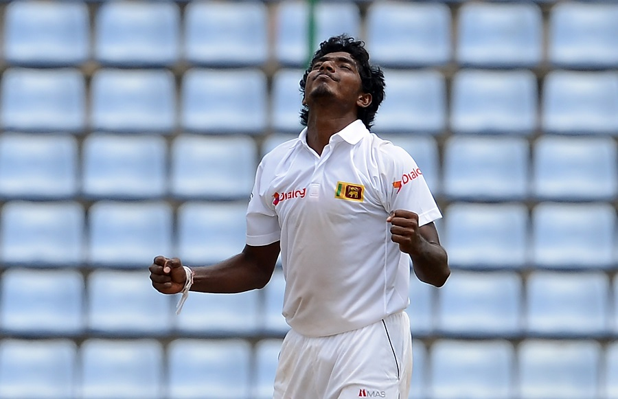 India bat, Kuldeep Yadav replaces Jadeja
