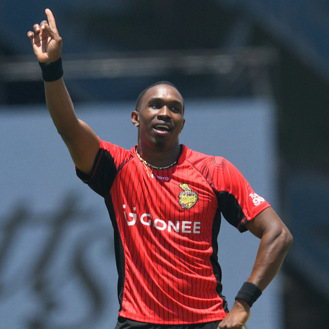 Dwayne Bravo gets the Florida crowd doing the
