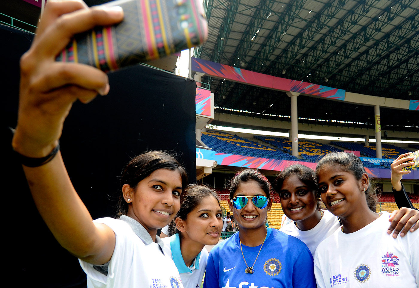 Mithali with fans at the 2016 World T20 in Bangalore
